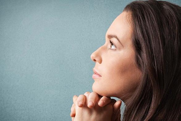 Πανδημία: Πόσο κινδυνεύουμε να χάσουμε την πίστη μας σε καιρούς κρίσης