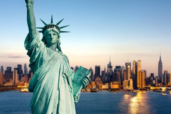 H Γαλλία στέλνει νέο άγαλμα της Ελευθερίας στις ΗΠΑ