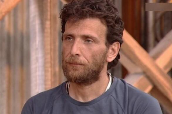 Φάρμα: Αποχώρησε ο Θανάσης Πάτρας - Με δάκρυα στα μάτια τον αποχαιρέτησαν (video)