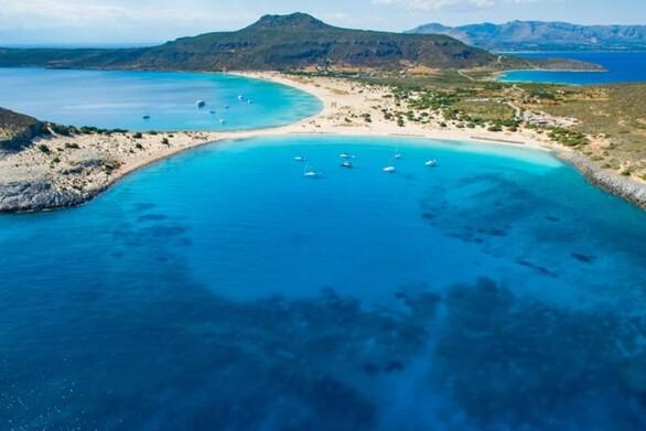 Διεύρυνση της τουριστικής περιόδου προσδοκά η Ελαφόνησος