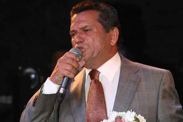 """Γιώργος Μαργαρίτης: """"Ο Τριαντάφυλλος μου έφερνε τα σουβλάκια όταν τραγουδούσα στη Ρόδο"""""""
