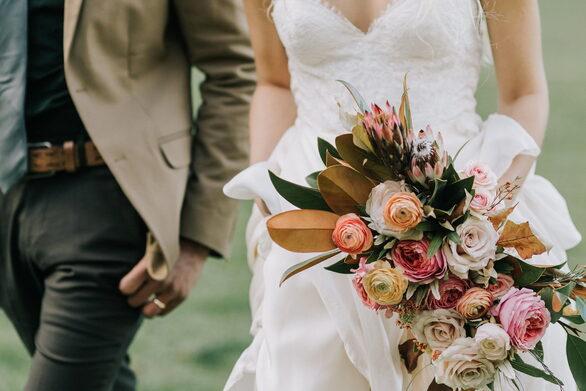 Πάτρα: Η αύξηση των καλεσμένων στους γάμους φέρνει χαμόγελα στα ανθοπωλεία