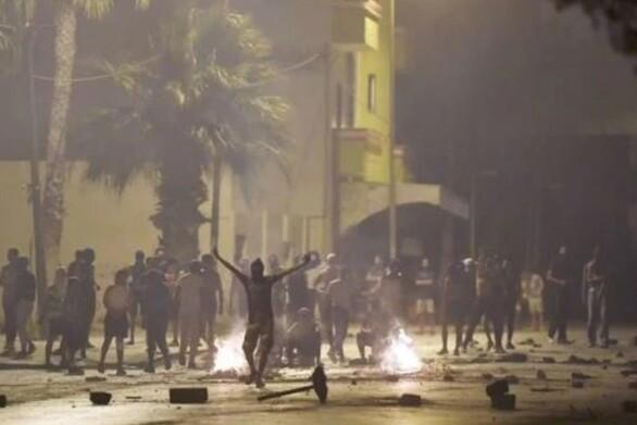 Τυνησία: Επεισοδιακές οι διαδηλώσεις κατά της αστυνομικής βίας