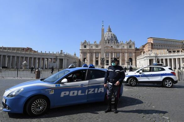 Ιταλία: Άγνωστος άνοιξε πυρ στους δρόμους πόλης και σκότωσε δύο αδελφάκια και έναν ηλικιωμένο