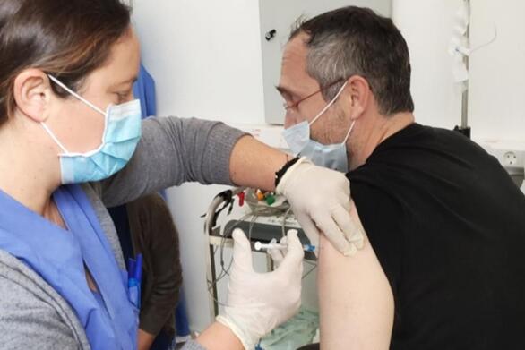 Δύο ειδικοί του Πανεπιστημίου Πατρών απαντούν για τον υποχρεωτικό εμβολιασμό