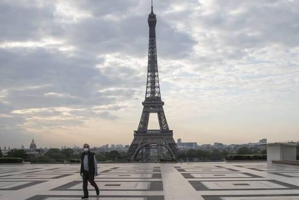 Χαλαρώνουν τα μέτρα για τον Covid-19 στη Γαλλία