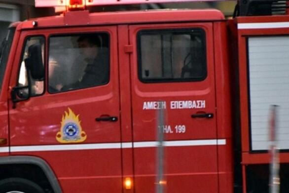 Πάτρα: Πήρε φωτιά όχημα στην έξοδο Γλαύκου προς Περιμετρική
