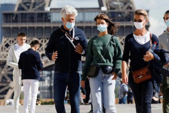 Μετάλλαξη Δέλτα: Φόβοι για τέταρτο κύμα της πανδημίας ακόμα και μέσα στο καλοκαίρι - Πόσο προστατεύουν τα εμβόλια