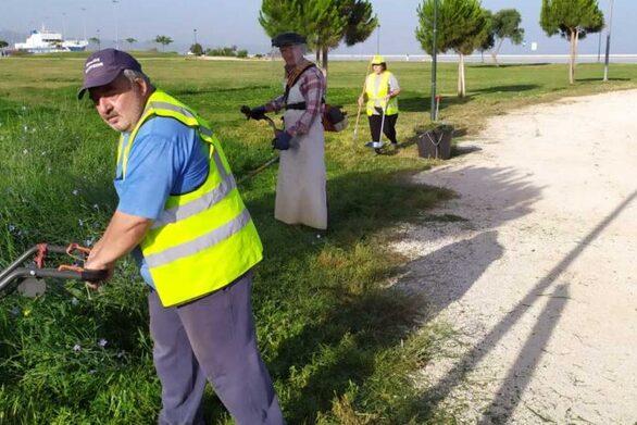 """Πάτρα: """"Μάχη"""" των εργαζομένων στο Πράσινο για την κοπή των χόρτων"""