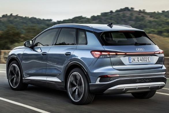Audi Q4 e-tron - Q4 Sportback e-tron: Διαθέσιμα και στην Ελλάδα (video)