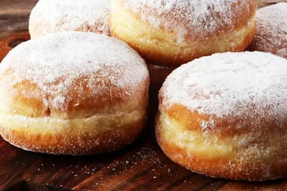 Ετοιμάστε σπιτικά ντόνατ