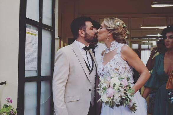 Ο Πατρινός δημοσιογράφος Αλέξανδρος Κογκόλης παντρεύτηκε την Αθηνά Μυλωνάκου!