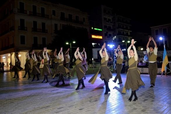 """Η Πάτρα για 4 ημέρες θα """"αγκαλιάσει"""" το χορό, το τραγούδι και τη μουσική!"""
