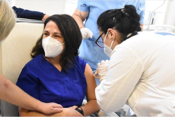 Κορωνοϊός - Υποχρεωτικός εμβολιασμός: Αυτές είναι οι τελικές ρυθμίσεις - Τι προβλέπουν για τους ανεμβολίαστους και την αναπλήρωσή τους