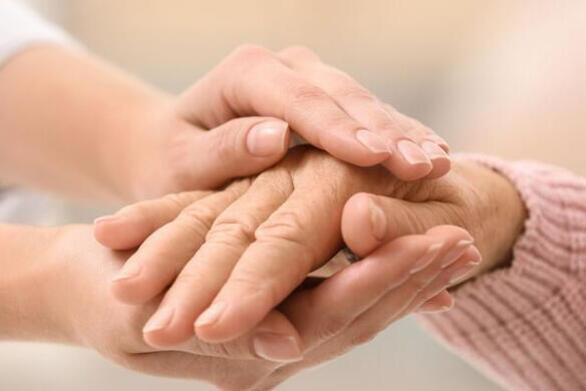 Πάτρα: Οι μισές και πλέον αιτήσεις για το «Βοήθεια στο Σπίτι» πέφτουν στο κενό!