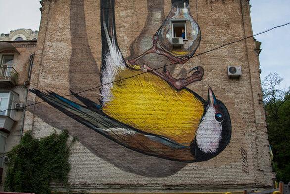 Ο Alex Maksiov στην Πάτρα για το ArtWalk 6 - Ξεκινά η 5η τοιχογραφία