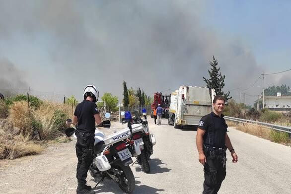 Πάτρα: Εφτά άτομα τραυματίστηκαν στην διάρκεια της κατάσβεσης της πυρκαγιάς