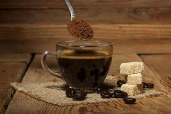 Οι κίνδυνοι της υπερβολικής κατανάλωσης καφεΐνης