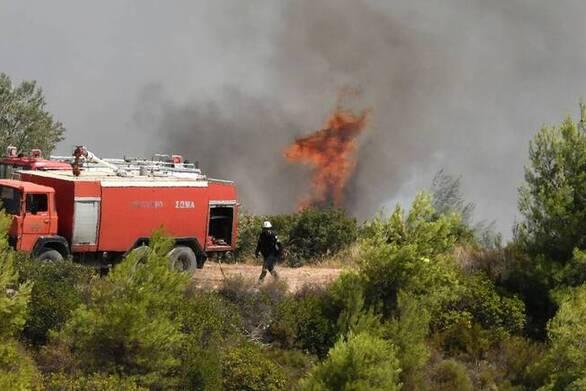 Αχαΐα: Καταδιώκουν ασημί όχημα για τη φωτιά στη Ζήρια - Θεωρείται ύποπτο