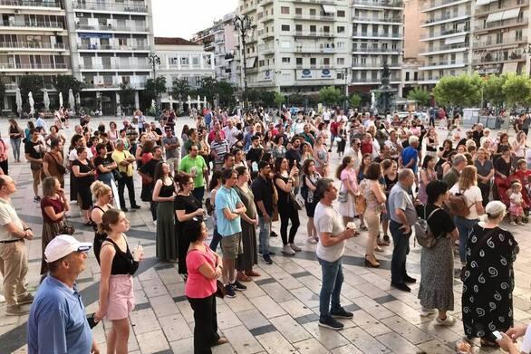 Πάτρα: Νέα συγκέντρωση αντιεμβολιαστών πραγματοποιήθηκε στην πλατεία Γεωργίου
