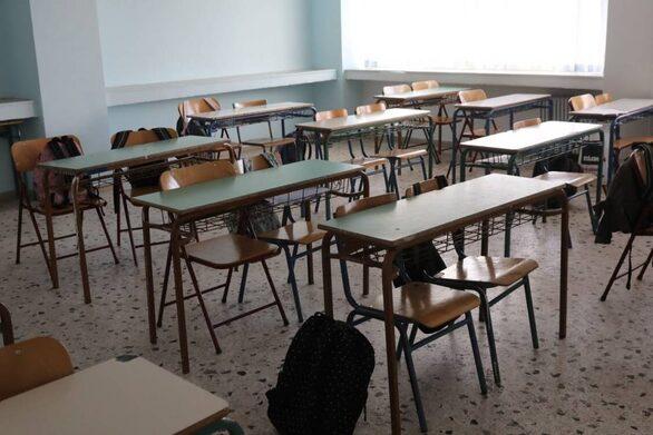 """Πελετίδης: """"Εδώ και τώρα μέτρα για το ασφαλές άνοιγμα των σχολείων"""""""