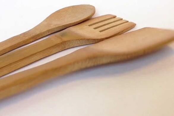 Δείτε πως μπορείτε να προστατεύσετε τις ξύλινες κουτάλες