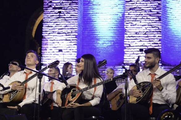 """Πάτρα - Μια μεγάλη συναυλία από την Λαϊκή Συμφωνική Ορχήστρα """"Εν Χορδώ"""" στο Μόλο!"""