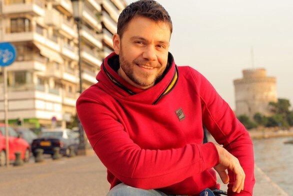 Ευτύχης Μπλέτσας - Eπιστρέφει για 7η σεζόν με το Happy Traveller
