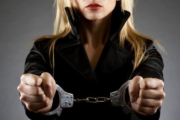 Πώς αποκαλύφθηκε η δράση του μοντέλου με την κοκαΐνη - Η παρακολούθηση μια εβδομάδα πριν συλληφθεί μαζί με τον σύντροφό της