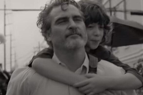 Χοακίν Φίνιξ: H πρώτη του ταινία μετά τον «Joker» είναι ένα κινηματογραφικό ποίημα