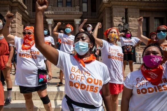 ΗΠΑ: Κατακραυγή για νόμο του Τέξας που καλεί πολίτες να γίνουν «κυνηγοί των αμβλώσεων»