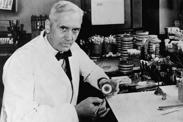 Σαν σήμερα 15 Σεπτεμβρίου ο Αλεξάντερ Φλέμινγκ ανακαλύπτει την πενικιλίνη
