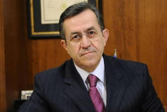 """Νίκος Νικολόπουλος: """"Γιατί αποφασίστηκε να υποβαθμιστεί στον χώρο των λειτουργών της Δικαιοσύνης ένα από τα βασικά σύμβολα της Πολιτείας και της Ελληνικής κοινωνίας;"""""""
