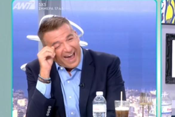 """""""Πνίγηκε"""" από τα γέλια ο Γιώργος Λιάγκας με το The Bachelor (video)"""
