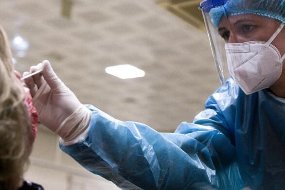 Πάτρα: Ανοιχτά το Σαββατοκύριακο τα διαγνωστικά κέντρα για να καλύψουν τις ανάγκες των αντιεμβολιαστών