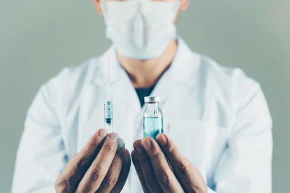 Κύπρος: Ξεκινά ο εμβολιασμός με την τρίτη «ενισχυτική» δόση του εμβολίου