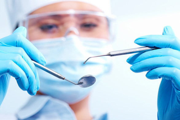 Mε rapid test και οι εμβολιασμένοι στον οδοντίατρο, από σήμερα
