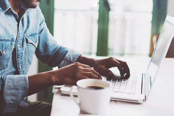 ICAP: Πώς οι e-πωλήσεις στήριξαν το λιανικό εμπόριο ηλεκτρικών και ηλεκτρονικών οικιακών συσκευών