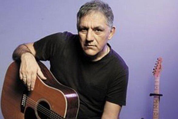 Ο Νίκος Πορτοκάλογλου επιστρέφει με το «Μουσικό Κουτί»