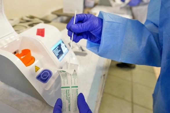 Κορωνοϊός: Πώς θα χορηγηθούν τα μονοκλωνικά αντισώματα - Για ποιους ασθενείς Covid-19 συνιστάται η θεραπεία