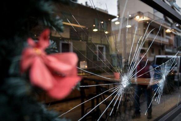 Πάτρα: Τι κρύβεται πίσω από την επίθεση με λοστούς σε μαγαζί εστίασης;