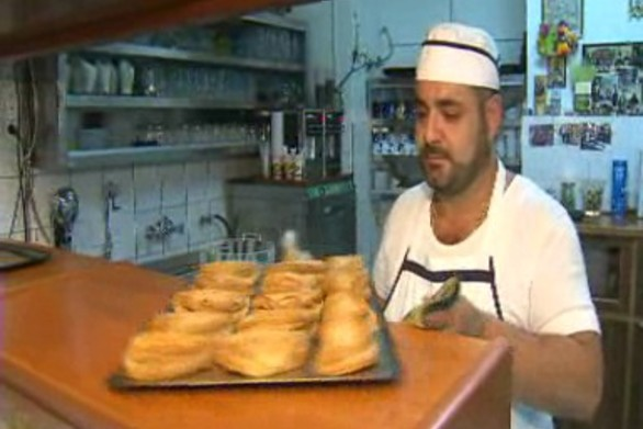 Η Καλαβρυτινή τυρόπιτα που φημίζεται σε όλη την Ελλάδα!