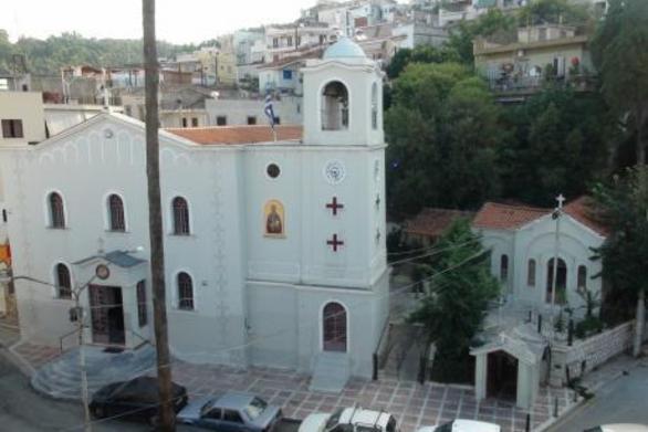 Πάτρα: Στα γιορτινά ο Ιερός Ναός του Αγίου Νικολάου