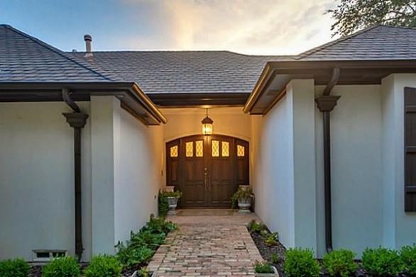 Το σπίτι του Τσακ Νόρις πωλείται (pics+video)
