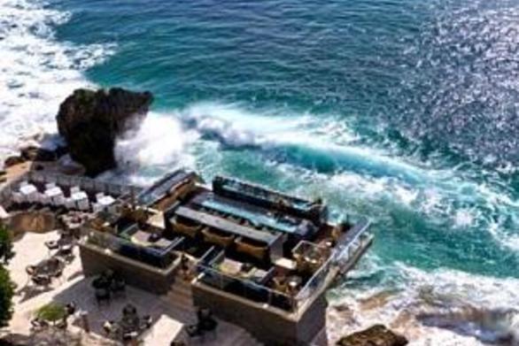Δείτε τα 20 καλύτερα beach bar του πλανήτη (pics)
