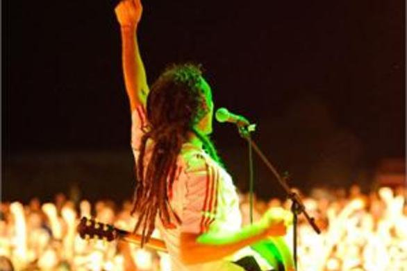 Οι Locomondo γιορτάζουν τα 10 χρόνια πορείας τους με ένα μοναδικό live στο Bolivar Beach Bar