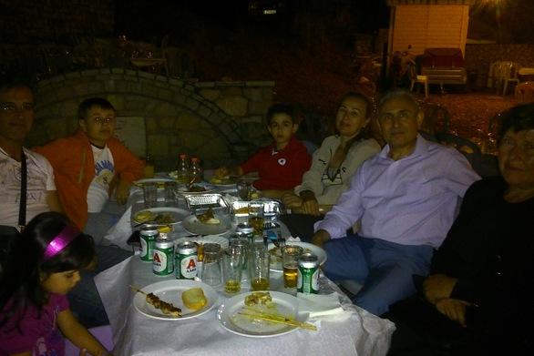 Αχαΐα: Στην Άνω Βλασία ο Γιώργος Λαζουράς για το πανηγύρι της Παναγιάς (φωτο)