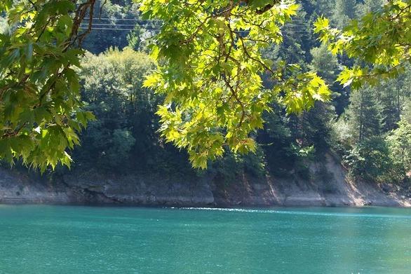 Κατάδυση στη λίμνη Τσιβλού: Εκεί που η σιωπή του βουνού αναδύεται μέσα από τη σιγή του βυθού (video)