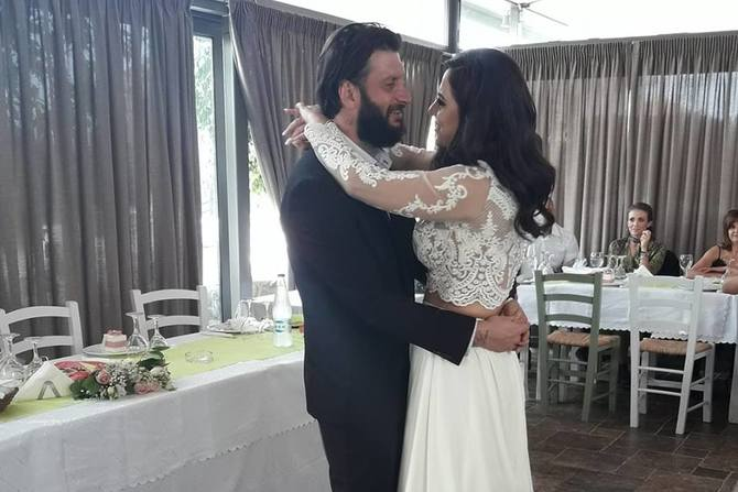 Γιώργος & Χριστίνα - Παντρεύτηκαν και βάπτισαν τη μικρή τους πριγκίπισσα (φωτο)