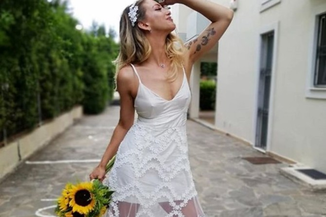 Παντρεύτηκε η Εύα Τσάχρα! (φωτο)